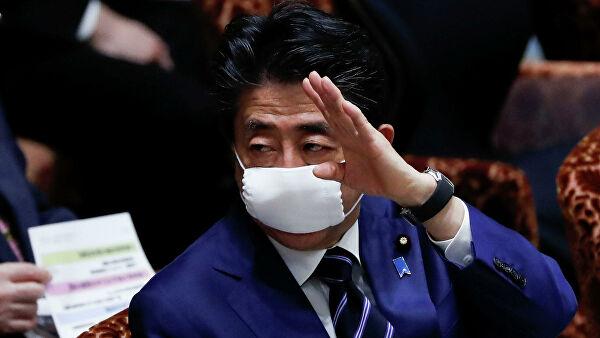 Синдзо Абэ раздаст населению Японии деньги