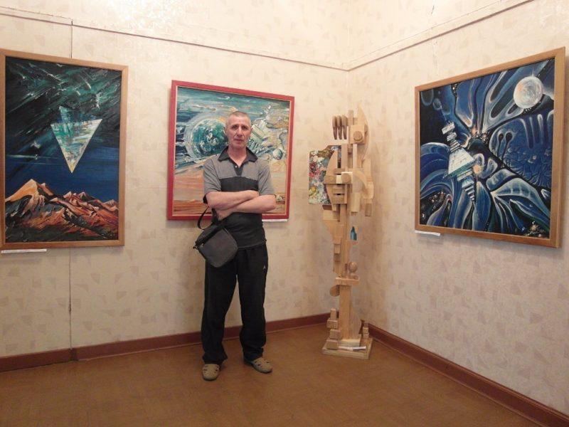 Владимир Николайчук на выставке в Кавалерово